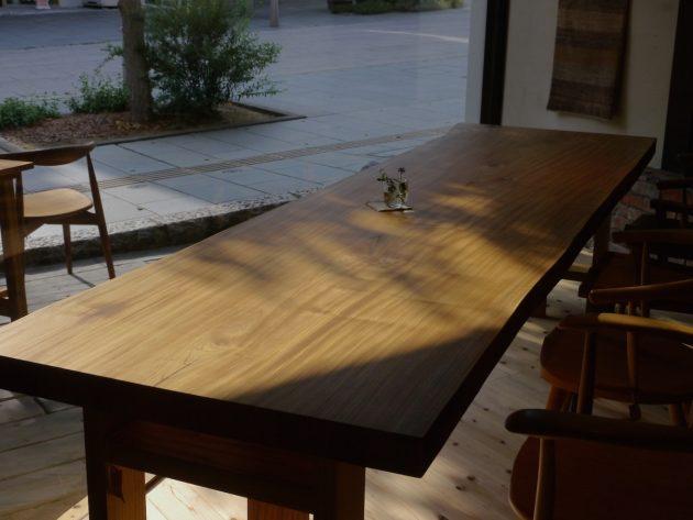 松葉屋一枚板テーブル欅3メートル