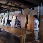 一枚板テーブル 4mの栃カウンター材の行方_①