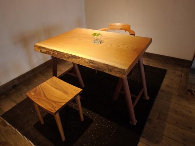 松葉屋家具店 一枚板 椅子
