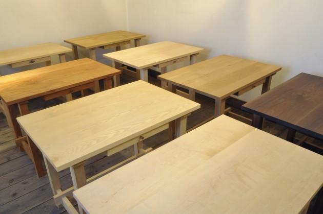一生使える木の学習机