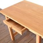 無垢の木の机、何につかう?