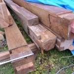 オーダー家具・建築解体の古材 柱の傷は背くらべ ベンチ