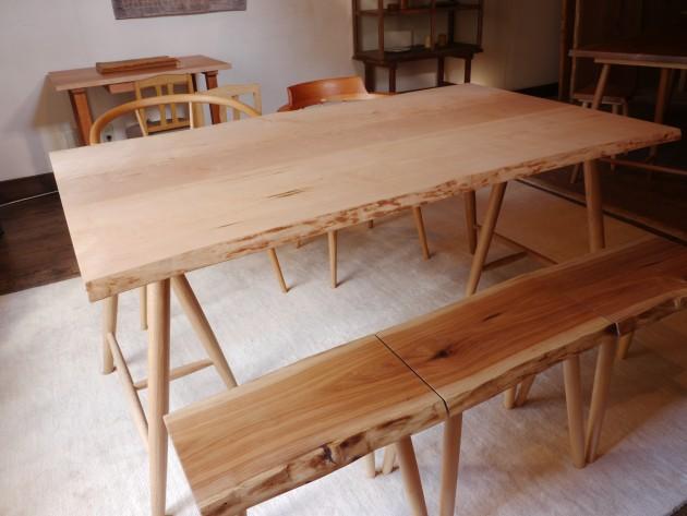 松葉屋家具店 3枚ハギテーブル 3本の木のテーブル