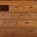 古い家具のお直し