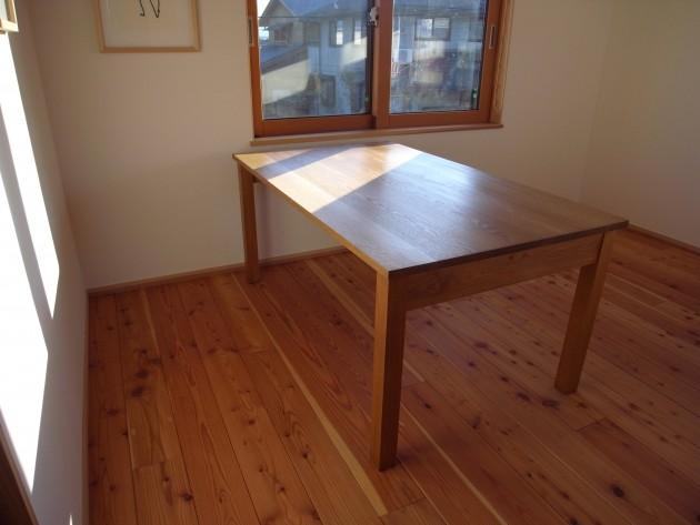松葉屋家具店 テーブル シンプルなテーブル