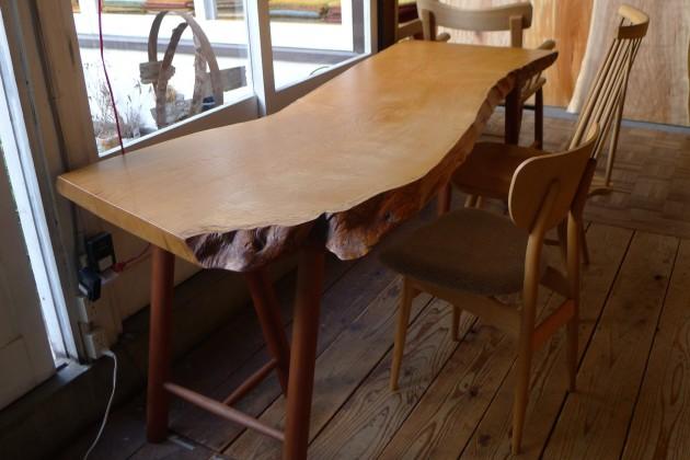 一枚板テーブル栗 耳拭き漆仕上