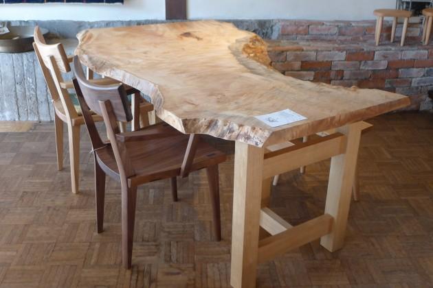 一枚板テーブル栃1700
