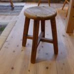 古い椅子を修理しました。